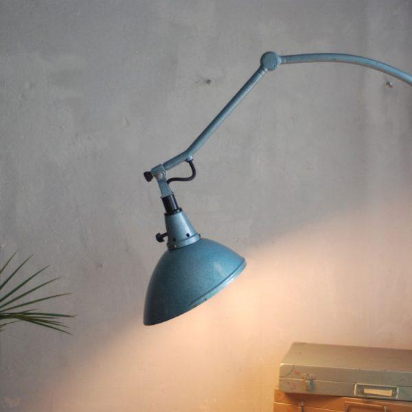 lampen-570-wandeuchte-gelenklampe-midgard-126-hammerschlag-blau-19