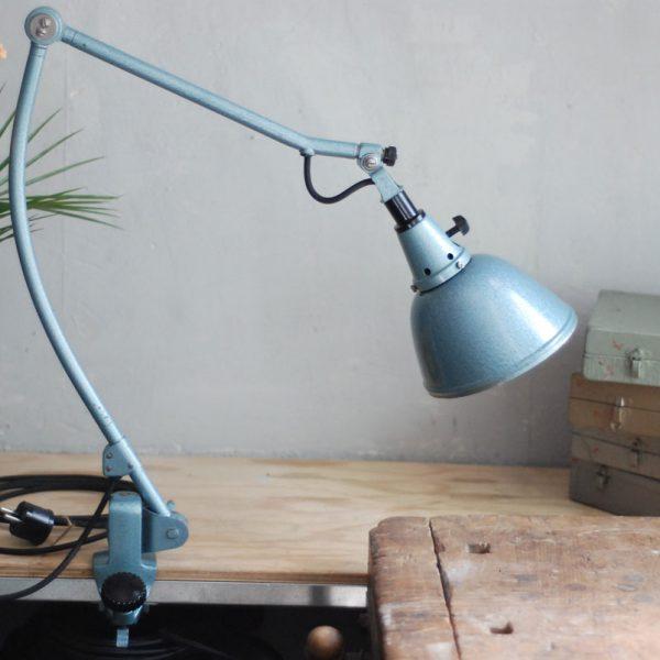 lampen-572-klemmleuchte-midgard-126-hammerschlag-blau-06