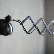 lampen-472-scherenlampe-kaiser-idell-6614-super-scissor-lamp-bauhaus-christian-dell-020