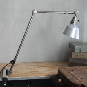 lampen-321-grosse-klemmleuchte-gelenkleuchte-midgard-ddrp-stahloptik-steel-industrial-clamp-clamping-table-lamp-01
