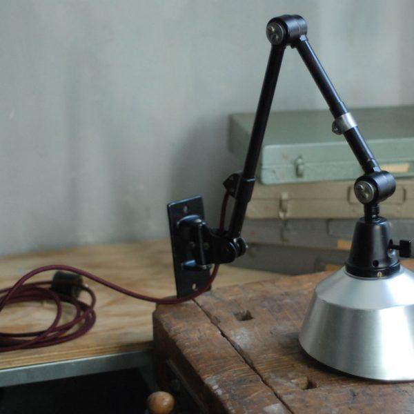 lampen-530-wandleuchte-midgard-ddrp-schwarz-aluschirm-bordeauxkabel-wall-hinged-industrial-lamp-curt-fischer03