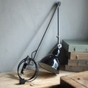 lampen-343-gelenkleuchte-emaille-kahla-midgard-klemmlampe-hinged-clamp-lamp-enameled-shade-(1)