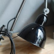 lampen-343-gelenkleuchte-emaille-kahla-midgard-klemmlampe-hinged-clamp-lamp-enameled-shade-(15)