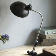 lampen-578-klemmleuchte-helion-mit-grossem-bakelitschirm-clamp-lamp-ddr-041_dev