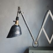 lampen-593-fruehe-vernickelte-scherenleuchte-midgard-wandarm-early-nickel-plated-curt-fischer-scissor-wall-lamp_02