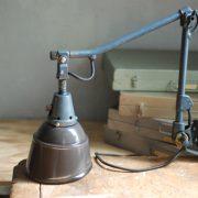 lampen-620-graublaue-midgard-wandleuchte-emaillierter-reflektor-kurt-fischer-vorkrieg-wall-lamp-grey-blue_025