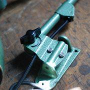 lampen-621-622-paar-wandleuchten-gelenklampen-hammerschlaggruen-midgard-ddrp-curt-fischer-pair-of-wall-lamp-hammertone-green-industrial_008