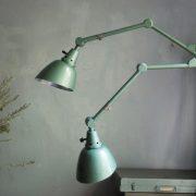 lampen-621-622-paar-wandleuchten-gelenklampen-hammerschlaggruen-midgard-ddrp-curt-fischer-pair-of-wall-lamp-hammertone-green-industrial_024