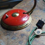 lampen-629-rote-tischleuchte-helo_6957