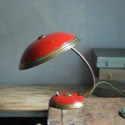 lampen-629-rote-tischleuchte-helo_6960