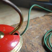 lampen-629-rote-tischleuchte-helo_6965