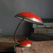 lampen-629-rote-tischleuchte-helo_6978