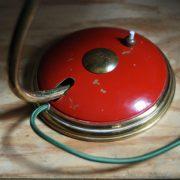 lampen-629-rote-tischleuchte-helo_6995