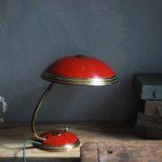 lampen-629-rote-tischleuchte-helo_6999