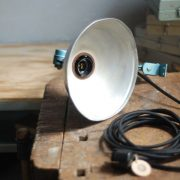 lampen-326-gelenklampe-wandleuchte-midgard-ddrp-hammerschlag-blau-curt-fischer-blue-hammertone-bauhaus-ddr-wall-hinged-industrial-lamp-(5)