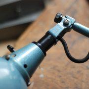 lampen-626-wandleuchte-gelenklampe-midgard-drgm-curt-fischer-hammerschlag-hammertone-blue-hinged-wall-industrial-lamp-03