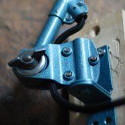 lampen-626-wandleuchte-gelenklampe-midgard-drgm-curt-fischer-hammerschlag-hammertone-blue-hinged-wall-industrial-lamp-43