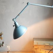 lampen-644-gelenlampe-wandleuchte-midgard-hammerschlag-blau-curt-fischer-hammerone-hinged-industrial-wall-hinged-lamp-031