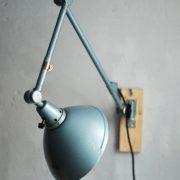 lampen-644-gelenlampe-wandleuchte-midgard-hammerschlag-blau-curt-fischer-hammerone-hinged-industrial-wall-hinged-lamp-032