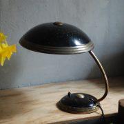 lampen-650-tischleuchte-helo-tischampe-schwarz-messing-bauhaus-table-lamp-027